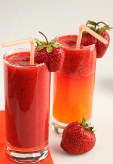 草莓果汁图片