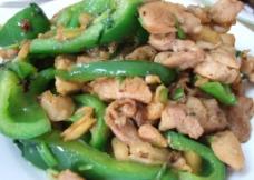 青椒炒鸡丁图片