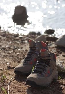 户外鞋图片