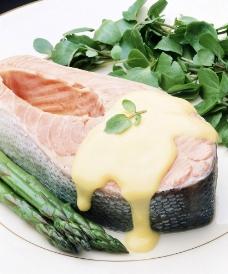 西式烤鱼美食图片