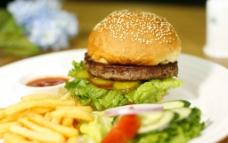西餐美食 巨无霸汉堡图片