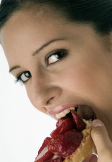 吃营养早点的美女图片