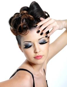 时尚美女发型图片