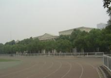 大学操场图片