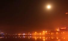 城市月色图片