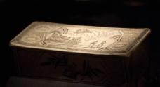 磁州窑白地黑花人物纹枕图片