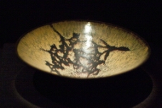 吉州窑剪纸贴花梅花纹碗图片